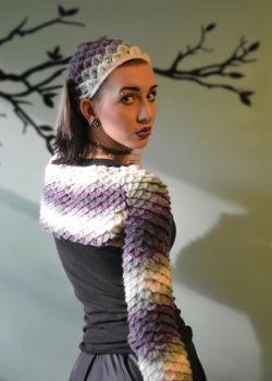 Dragon Scale Shrug and Head Kerchief - Patterns by MidknightStarr
