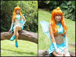 Bloom Cosplay  - Winx Club by MishiroMirage