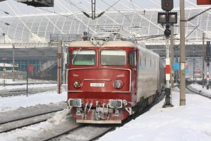 Gara de Nord Winter 2012 by metrouusor
