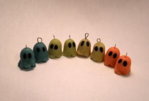 Glow in the Dark GHOSTS by saaio