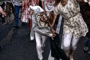 Zombie Walk Warsaw 2010 19 by remigiuszScout