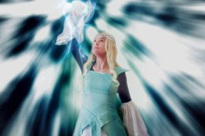 Guardians of Middle Earth-Galadriel Lady of Light by grinningsun