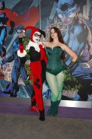 Harley and Ivy by SilverTallest