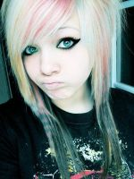 Emo Girl 2 by Stormbass