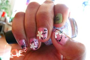Beautiful nail Art by swapthat