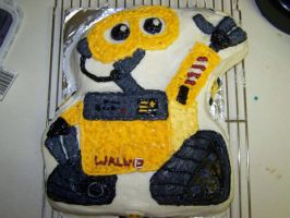 Custom Wall-E Birthday Cake by MaxDaMonkey