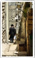 People in the old city by ShlomitMessica