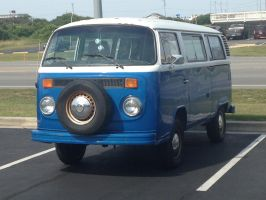 Old VW Bus by PATyler1