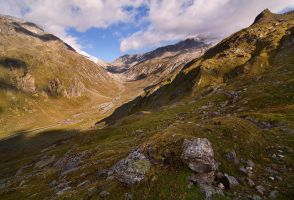 Shaped Valley by alban-expressed