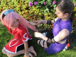 Ino combs Sakura's hair by YaminiZouren-Photos