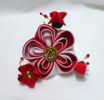 Red and white layered ume kanzashi by EruwaedhielElleth