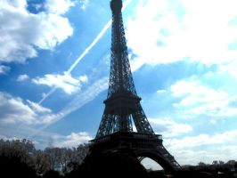 The Eiffel Tower by virunee