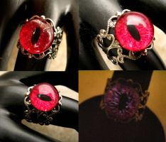Vampire Blood Eye Ring by LadyPirotessa