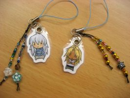 YGO: Ryou + Malik cell straps by Puffsan