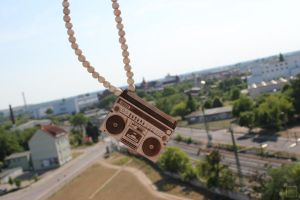 My Good Wood Boombox Chain by DoppeltesRisiko