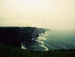 Cliffs of Moher by amkost