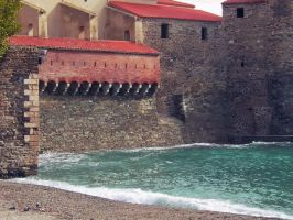Collioure by Polyesterday