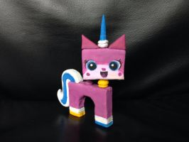 Lego Movie's Unikitty sculpture by NoreyDragon