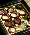 box of chocolate_ by maskqueraide