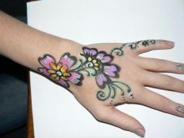 Henna Designs in face paint by Brighde