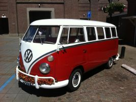 VW T1 by RoyLeijten