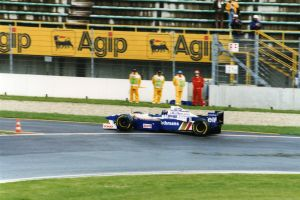 Damon Hill (San Marino 1996) by F1-history