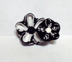 black and white double flower kanzashi clip by EruwaedhielElleth