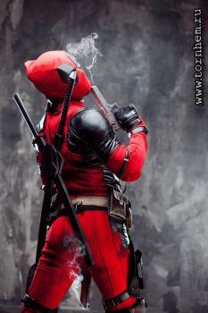 Cosplay Deadpool by melonicor