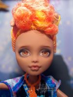 Monster High custom repaint by AshGUTZ