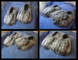 Werewolf Footpaws by CuriousCreatures