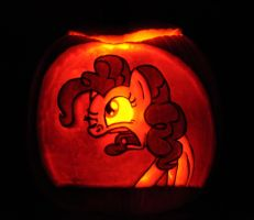 Pinkie Pie Pumpkin by archiveit1