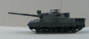 182.3    Leopard 1 by drshaggy