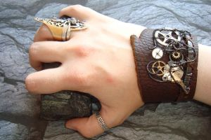 steampunk handcuff by rain2shine