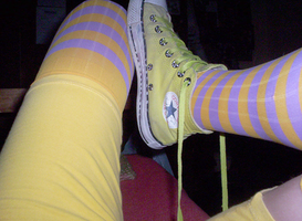 The yellow converse by Guidai