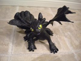Toothless by zonkey