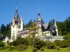 Peles castle by unknownSphere