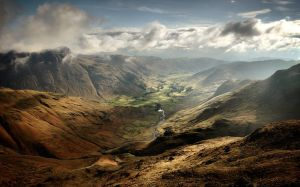 Langdale Valley by Mohain