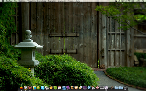 My Desktop - November 2009 by TheGiantPanda