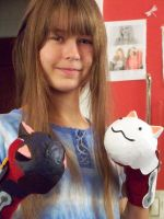 Ookami-san Gloves Cosplay pic2 by MysteryChick1
