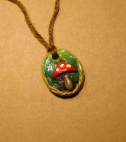 Magic Mushroom pendant by halismi