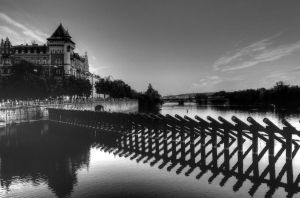 Overlooking the River03 by abelamario