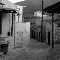 Crete: :down the street by Ilharess