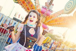 Joyful Clown by TommyBastien