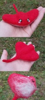 Posable needle felted sting ray by SnowFox102