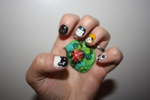 Bear nails and a clay sculpture by Isabella3991