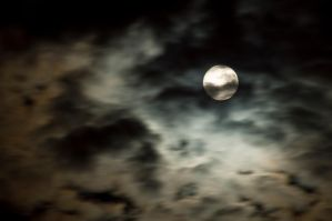 Moon in the clouds by vallo29