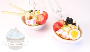Ramen bowl necklace by ilikeshiniesfakery