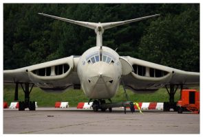 Handley Page Victor K2 by shotgun-ned