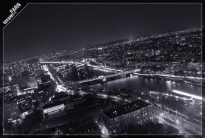 Paris at night by dr-phoenix