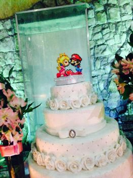 Mario and Peach - Perler Cake Topper by RonyeryX